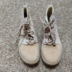 Timberland Sneakers light pink size 7.5